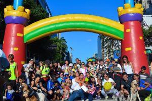 #21Agosto: Salida de la caminata, asi fue con entusiamos y amor, más de 540 caninos con sus dueños, tomarón la Ave. Francisco de Miranda